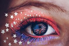 This Th Of July Makeup Tutorial Will Make You See Fireworks - Whatever You Plan On Doing This Th Of July Weekend We Know Youll Be Snapping Tons Of Pics So Weve Stocked Up The Picsart Store With Fourth Of July Clipart Stickers Photo Collage Templ Cute Makeup, Beauty Makeup, Makeup Looks, Unique Makeup, Sangria, Psychedelic Makeup, 4th Of July Makeup, Latest Hair Trends, Banner