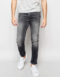 Jack+&+Jones+Washed+Grey+Jeans+in+Skinny+Fit+with+Stretch
