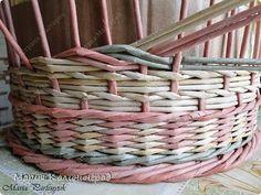 Мастер-класс Поделка изделие Плетение мк трёхцветной косы и пара плетушек Бумага газетная Трубочки бумажные фото 14
