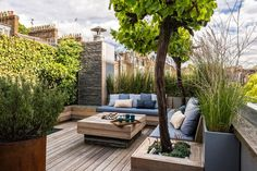 Finding the Best Ideas Rooftop Deck Design Roof Garden If your patio is large, you might decide to make gravel patches to separate distinctive spaces. Once you know how you want your patio to look, it's time to pick which… Continue Reading → Small Garden Design, Garden Landscape Design, Deck Design, Design City, House Design, Garden Landscaping, Rooftop Terrace Design, Rooftop Deck, Rooftop Gardens