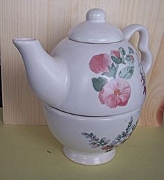 Pfaltzgraff Cape May Tea Pot for One Retired 2003, made in 1998