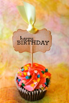 Felicidades en tu día  ღ✟ #compartirvideos #felizcumpleaños #compartirvideos.es…
