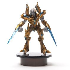 STARCRAFT 2 - KOTOBUKIYA Protoss (Zealot) Bottle Cap Figure Collection Miniature