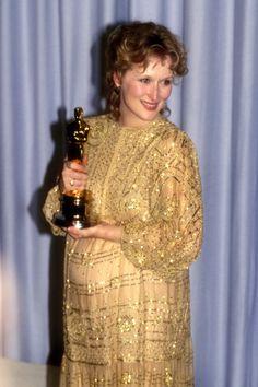 See the Oscars' red-carpet style evolution on the Best Actress winners, from Meryl Streep to Cher, from 1982 to now. Academy Award Winners, Oscar Winners, Academy Awards, Devil Wears Prada, Janet Jackson, Uma Thurman, Celine Dion, Susan Sarandon, Rachel Weisz