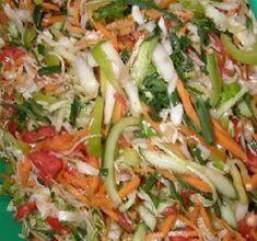 Salată de varză perfectă pentru iarnă! - Retete Usoare Pickling Cucumbers, Pickles, Cabbage, Google Chrome, Canning, Vegetables, Sauces, Food, Essen