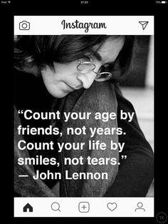 Friends&smiles  Jhon Lennon