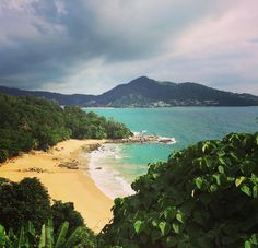 Laem Sing Beach #Kamala #kamalabeach #laemsingbeach #laemsing #phuket #phuketthailand #thailand #thai #asia #himmapana #himmapanavillas #villa #villas #luxuryvillas #luxury #beach #sun #sea #clouds #view #viewpoint #local