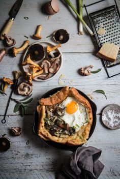 savoury dutch baby pancake with creamy mushrooms-1-4-1