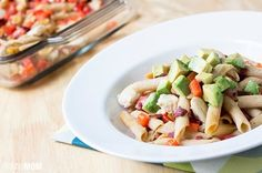 This Skinny Chicken Bacado Casserole is a Mexican chicken casserole that's good for you. It's one of the recipes with bacon and avocado that has tons of health benefits without all of the extra stuff that's bad for you. Healthy Cooking, Healthy Eating, Healthy Recipes, Healthy Dinners, Diet Recipes, Avocado Recipes, Weeknight Dinners, Healthy Options, Healthy Foods