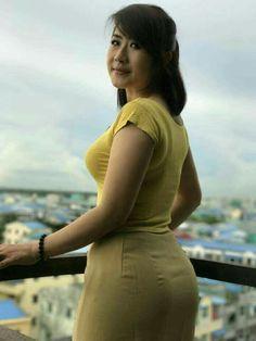 Beautiful Asian Vietnamese Girl Sexy Side-Back Pose! Burmese Girls, Myanmar Women, Asian Model Girl, Beautiful Girl Indian, Indian Beauty Saree, Sexy Asian Girls, Asian Woman, Asian Beauty, Evening Dresses