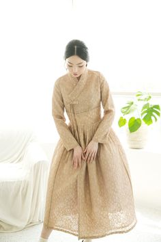 Mori Fashion, Muslim Fashion, Fashion Dresses, Korean Traditional Dress, Traditional Dresses, Chic Dress, Dress Up, Korea Dress, Modern Hanbok
