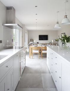 Our Suffolk Kitchen, painted in snow. #NeptuneKitchen #Kitchen #SuffolkRange www.neptune.com