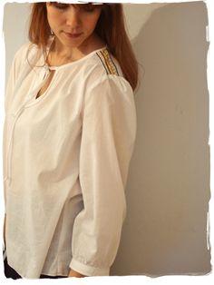 Tämä domain on varattu Rain Jacket, Windbreaker, Chic, Jackets, Fashion, Shabby Chic, Moda, Classy, Fasion