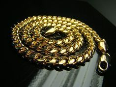 A Gold Chain for Men Makes The Perfect Gift - Jewelry Daze Jewelry Shop, Gold Jewelry, Jewelry Necklaces, Jewelry Making, Charm Bracelets, Men Necklace, Fashion Necklace, Gold Chains For Men, Mens Chains