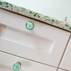 Recycled Glass Counter Tops Design