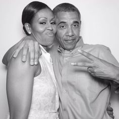 Barack Obama Shares His 2019 Summer Playlist and We're Here for It! Michelle Und Barack Obama, Barack Obama Family, Michelle Obama Photos, Sanaa Lathan, Toni Braxton, Meek Mill, Park Shin Hye, Josh Duhamel, Alyson Hannigan