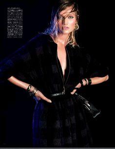 nice Vogue Japão Agosto 2013 | Toni Garrn por Victor Demarchelier  [Editorial]