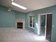 Huge 'Great Room' w/ VIEWS & marble fireplace