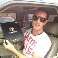 Un barcelonista de corazón no puede quedarse sin llenar el álbum del ídolo. Repinéalo si tu pasión es ser hincha de Barcelona.