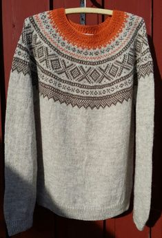 Bilderesultat for marius genser i gult - Pulli Stricken Knitting Charts, Knitting Patterns, Intarsia Patterns, Icelandic Sweaters, Fair Isle Pattern, Stitch Fix Stylist, Fair Isle Knitting, Preppy Style, Bunt