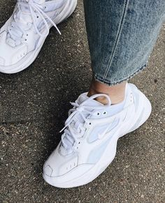 sneakers and dress Dad Shoes, Me Too Shoes, Sock Shoes, Cute Shoes, White Sneakers, Sneakers Nike, Sneakers Fashion, Fashion Shoes, Aesthetic Shoes