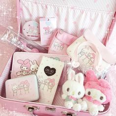 Rhythm and Melody Sanrio, Desu Desu, Kawaii Bedroom, Hello Kitty My Melody, Otaku Room, Catty Noir, Pastel Room, Kawaii Accessories, Kawaii Shop