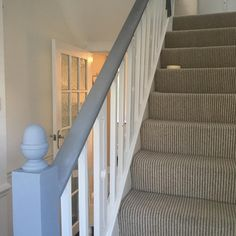 Bannister Ideas Painted, Staircase Banister Ideas, Tiled Staircase, White Staircase, Painted Staircases, Staircase Remodel, Staircase Makeover, Painted Stairs, Staircase Design