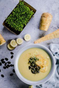 Vegane Pastinaken Suppe mit Kresse Gremolata Gremolata, Ramen, Low Carb, Challenge, Soup, Ethnic Recipes, Cress, Low Fiber Foods, Healthy