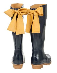 I wasn't to sure about rain boots but if I was to wear them I would totally wear these!