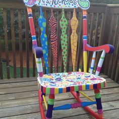 ideas for teacher chair Painted Rocking Chairs, Hand Painted Chairs, Funky Painted Furniture, Kids Furniture, Upcycled Furniture, Refurbished Furniture, Teacher Chairs, Auction Projects, Auction Ideas