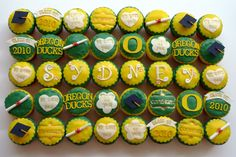 OMG these are great! Someone please make me an Oregon Ducks cupcake! :)