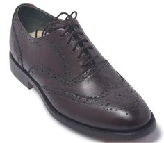 Check out Men's Footwear & Leather Boots By leather skin shop found out the Latest style and for quality leather, Shop Your favorite leather jackets and save big. Brown Brogues, Oxford Brogues, Brown Leather Shoes, Handmade Leather Shoes, Oxford Shoes, Derby Shoes, Men S Shoes, Fashion Boots, Exterior