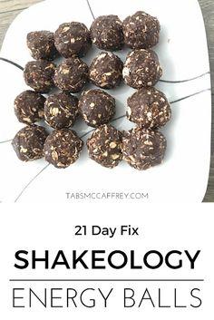 Shakeo Mug Cake, Shakeology Mug Cake, Vegan Shakeology, Beachbody Shakeology, Chocolate Shakeology, Protein Bites, Protein Ball, Protein Energy, 21 Day Fix Snacks