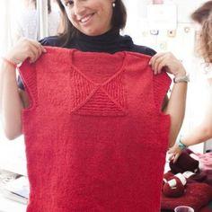 Boardwalk tricotado na lã Victoria pela Raquel Marques – http://www.ravelry.com/patterns/library/boardwalk-7  #lojaovelhanegra #ovelhanegrayarns #ovelhanegravictoria