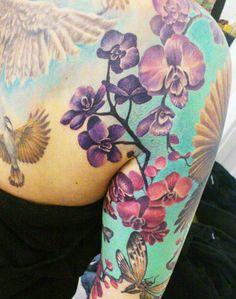 Tattoo Artist - Elle