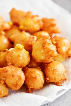 Corn Nuggets Recipe, Corn Bites Recipe, Vegetable Side Dishes, Vegetable Recipes, What Is A Fritter, Corn Fritter Recipes, Sweet Corn Fritters, Sweet Corn Recipes, Appetizer Recipes