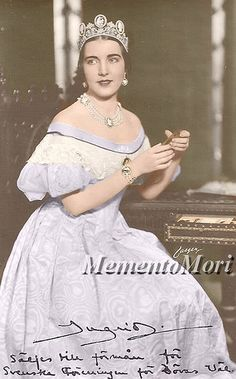 Queen Ingrid of Denmark wearing the Cameo Tiara - Princess Sibylla of Saxe-Coburg and Gotha lent this tiara to her sister-in-law, the future Queen Ingrid of Denmark, for a costume ball and ultimately left it to her son, King Carl Gustaf.