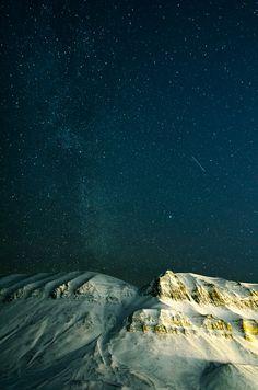 touchdisky:  Milky Way over Sverdruphammeren, Svalbard | Norway byJSS-N