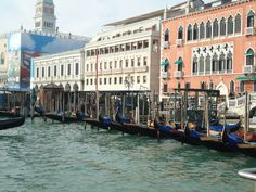 I look this at Venezia, Italia. November of 2010. Absolutely breathtaking!