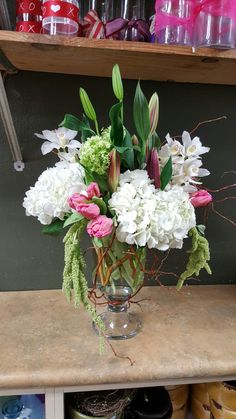 Pink and white flower arrangements for wedding and events