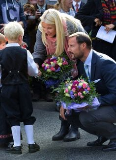 SEPTEMBER 18: Norwegian Crown Princess Mette-Marit of Norway and Crown Prince Haakon of Norway visit the town of Audnedal, on the second day.of their country visit to Vest=Agder on Sept. 18, 2013 in Audnedal, Norway. (Photo: Albert Nieboer)