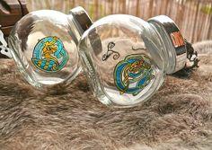 Bocaux à épices ou bonbons motif celtique Celtic, Articles, Hand Painted, Canning, Glass, Artwork, Pattern, Etsy, Gummi Candy