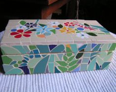 Mosaic box by Terraluka on Etsy Mosaic Rocks, Mosaic Tile Art, Mirror Mosaic, Mosaic Crafts, Mosaic Glass, Mosaic Furniture, Painted Wooden Boxes, Mosaic Supplies, Mosaic Flowers