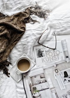 Sundays were made for coffee in bed, the #cozy scent of #vanilla and getting lost in a favorite magazine.