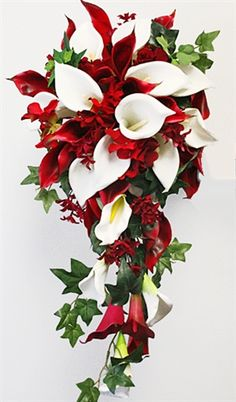 red cascading bouquets - I absolutely love cascading bouquets!