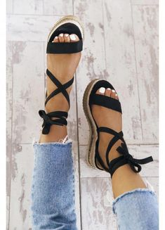Platform Sandals - It's Easy To Shop For Shoes When You Are Aware How - Platform Sandal Heels For Women Platform Sandal Tan Schuhe Cute Sandals, Black Sandals, Shoes Sandals, Sandal Heels, Wedge Sandals Outfit, Boho Shoes, Chunky Sandals, Dress Flats, Black Espadrilles