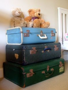 Using old luggage as decor and storage, Love it!