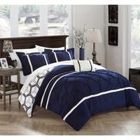 Shop Gracewood Hollow Maqqari Dark Blue 11-piece Bed in a Bag Comforter Set - On Sale - Overstock - 19972935 - Queen Navy Comforter, Queen Comforter Sets, Blue Bedding, Bedding Sets, Weighted Comforter, Online Bedding Stores, Bed In A Bag, King Beds, Bed Spreads