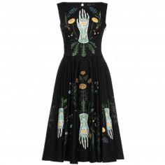 Get inspired and discover Lena Hoschek trunkshow! Shop the latest Lena Hoschek collection at Moda Operandi. Modest Fashion, 90s Fashion, Daily Fashion, Korean Fashion, Fashion Dresses, Vintage Fashion, Fashion Tips, Modern Witch Fashion, Style Fashion