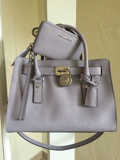 Michael Kors Hamilton Slouchy Medium Navy Satchels